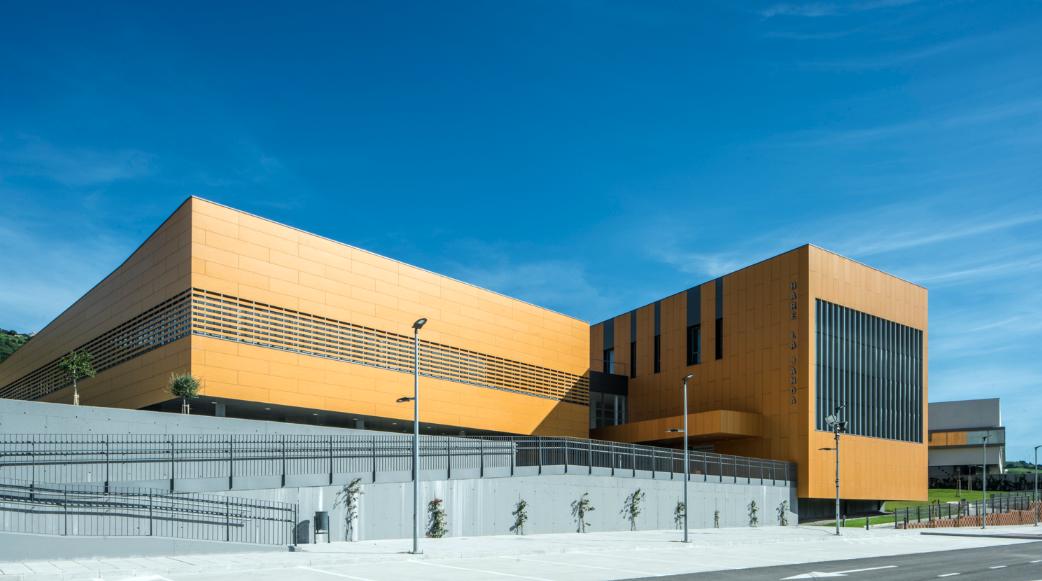 El 27 de marzo, fecha de apertura del Hospital de Alta Resolución de Vejer